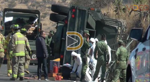 Accidente de camión militar deja un muerto y 22 heridos en Michoacán
