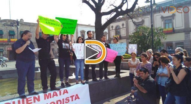 Periodistas michoacanos se reúnen para marchar por colega asesinado
