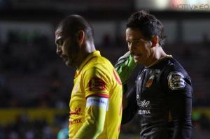 Carlos Morales se va de Monarcas y Sebastián Sosa se queda.